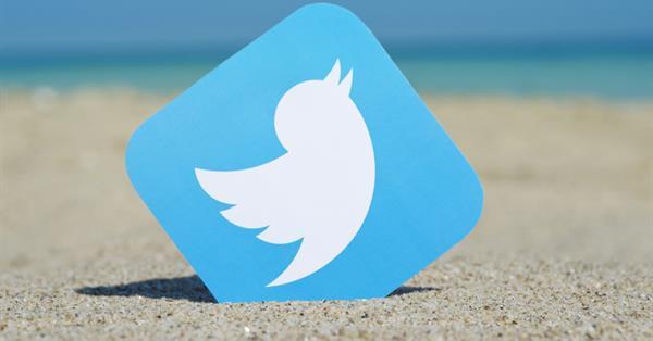 Twitter разрешил пользователям ретвитить самих себя